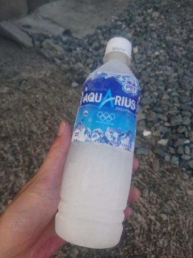 最強保冷剤!冷凍ペットボトル飲料!