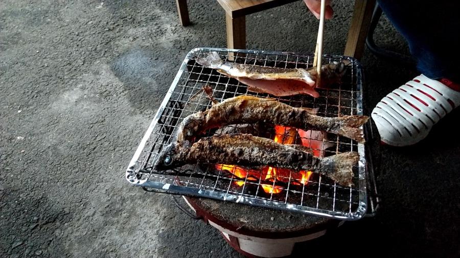 岩魚(イワナ)の塩コショウ焼き